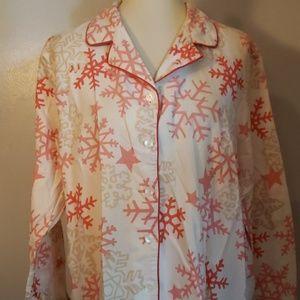 Victoria's Secret Flannel Snowflake Pajamas size L